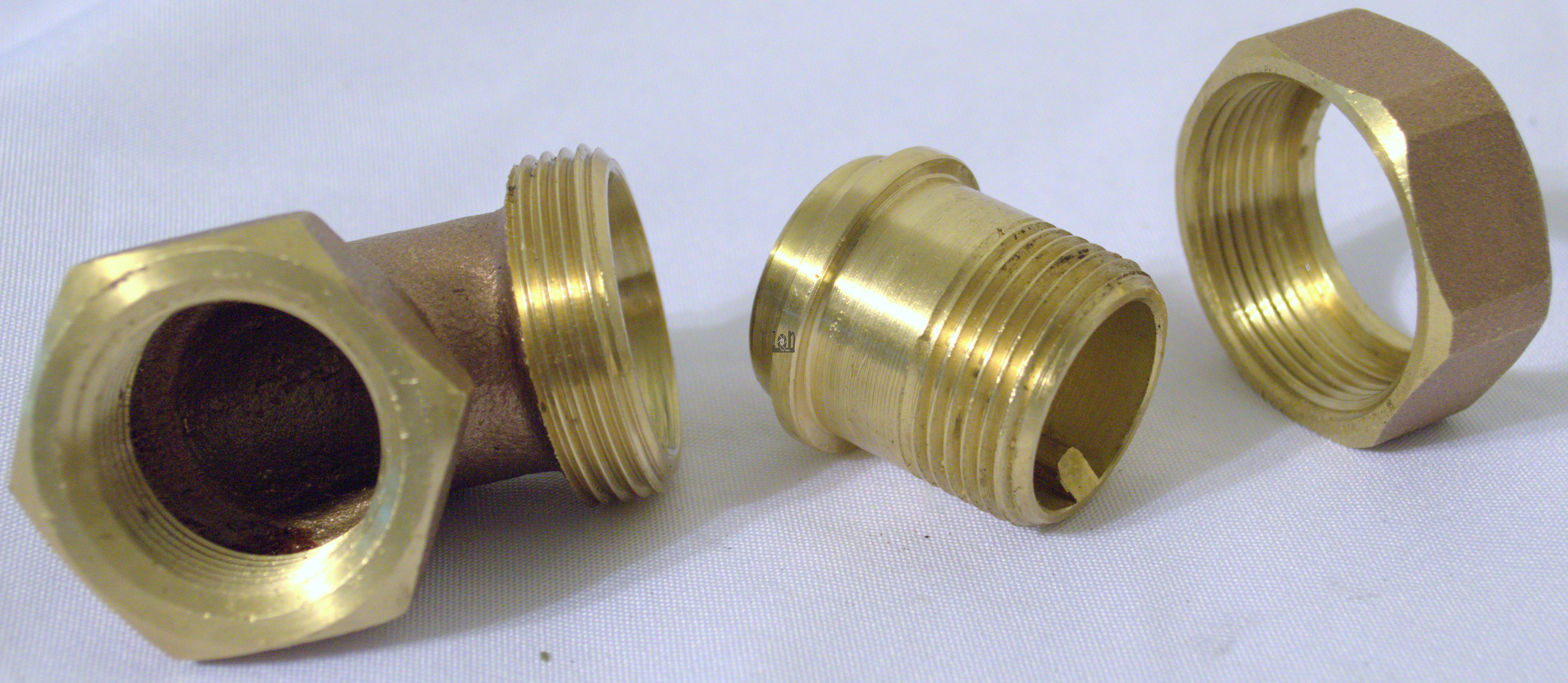 1Inch NPT Brass Fitting Elbow 90d Male to Female Pipe Adapter