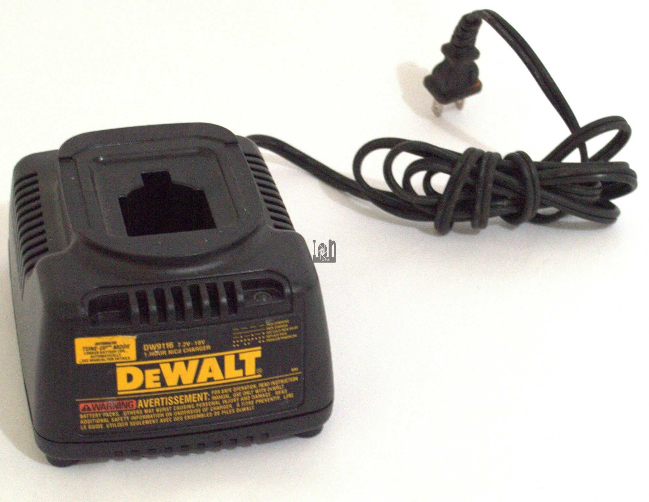 Dewalt 7.2V-18V 1-Hour NiCd Battery Charger #DW9116