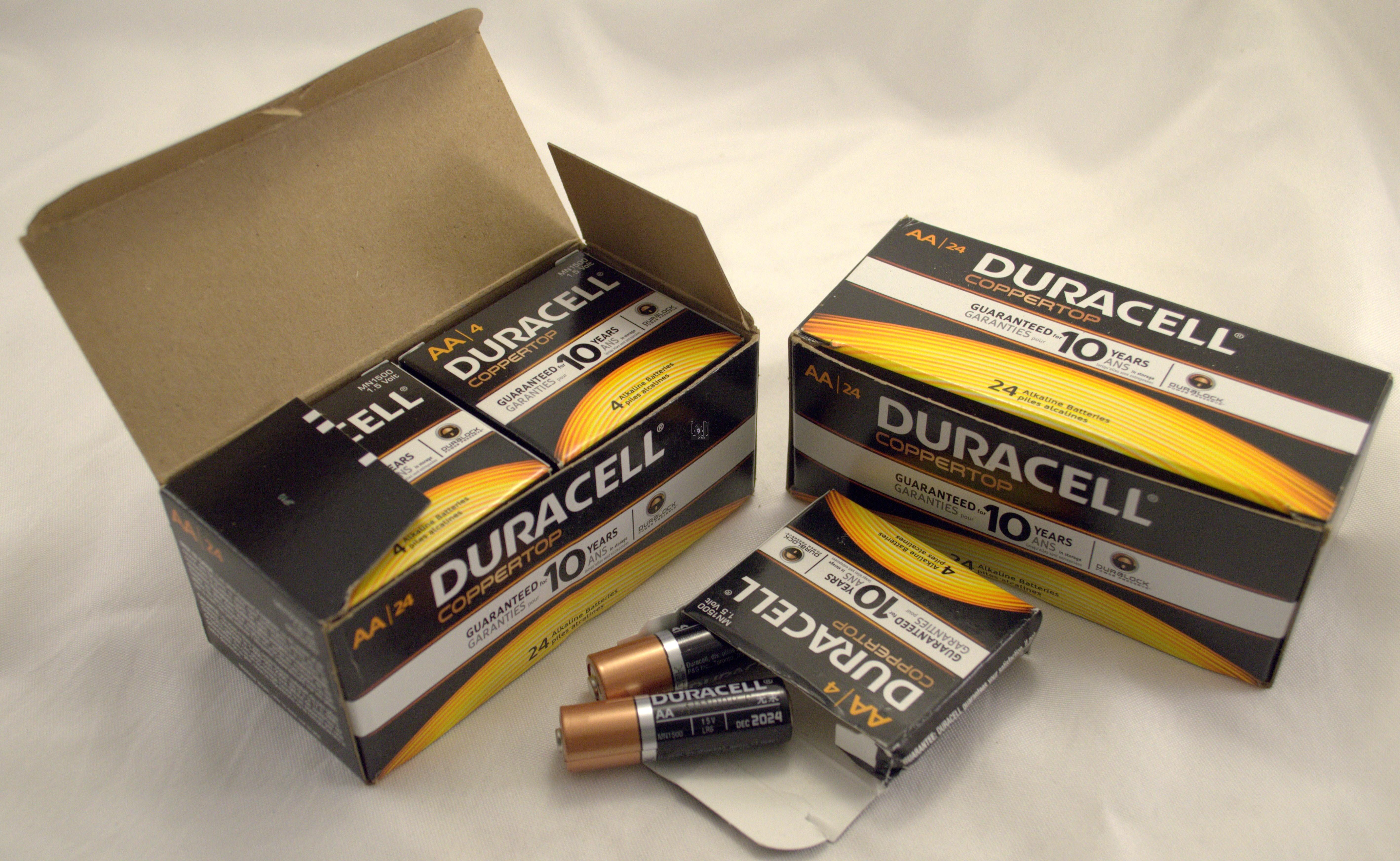 Duracell 50 Pack AA Batteries MIN1500 AA Battery Coppertop Alkaline
