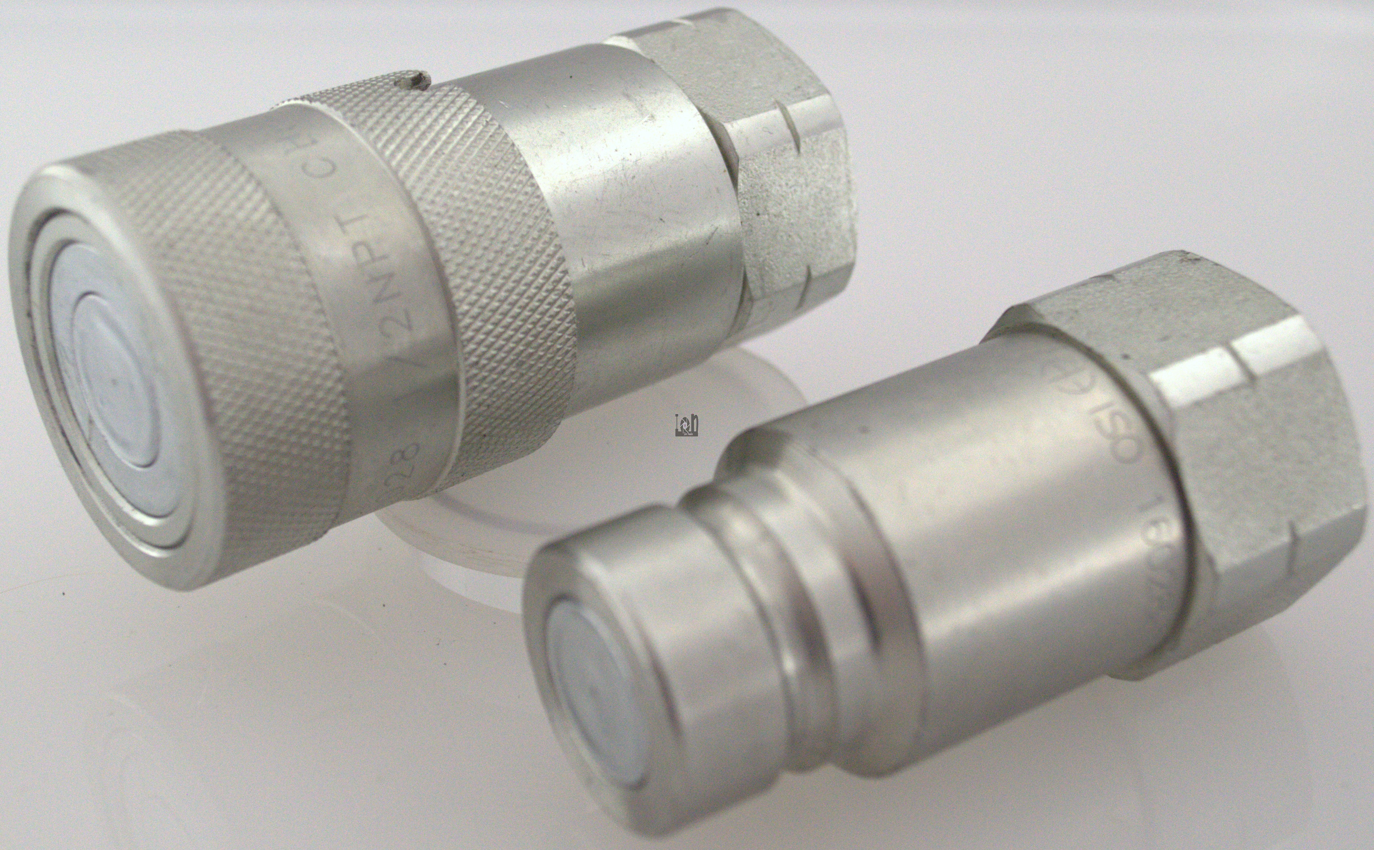 """ISO16028 Hydraulic Fittings 1/2"""" NPT Quick Connect Hose Coupler Tractor"""