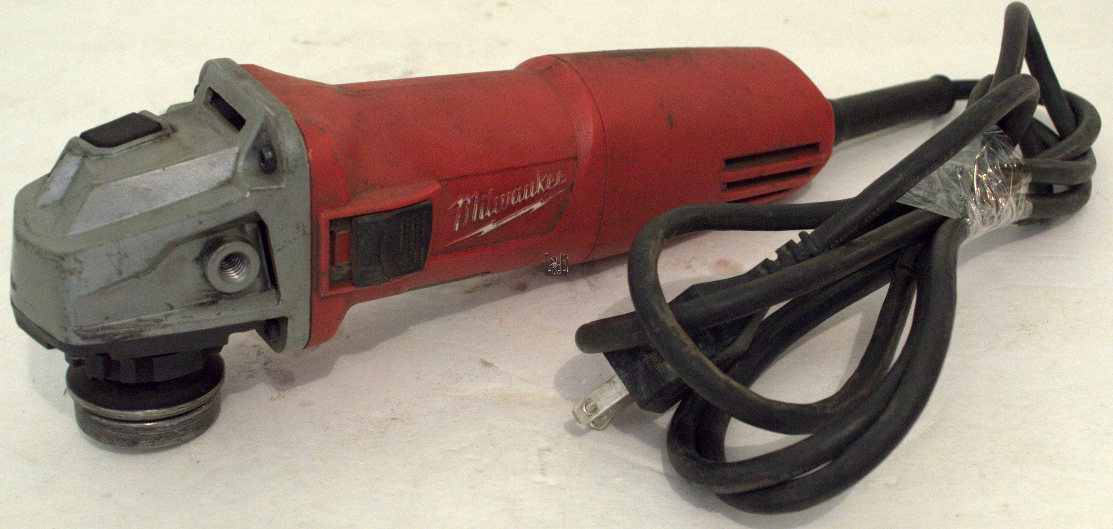 "Milwaukee Tools 6130-33 Angle Grinder 7-Amp 4-1/2"" BARE USED"