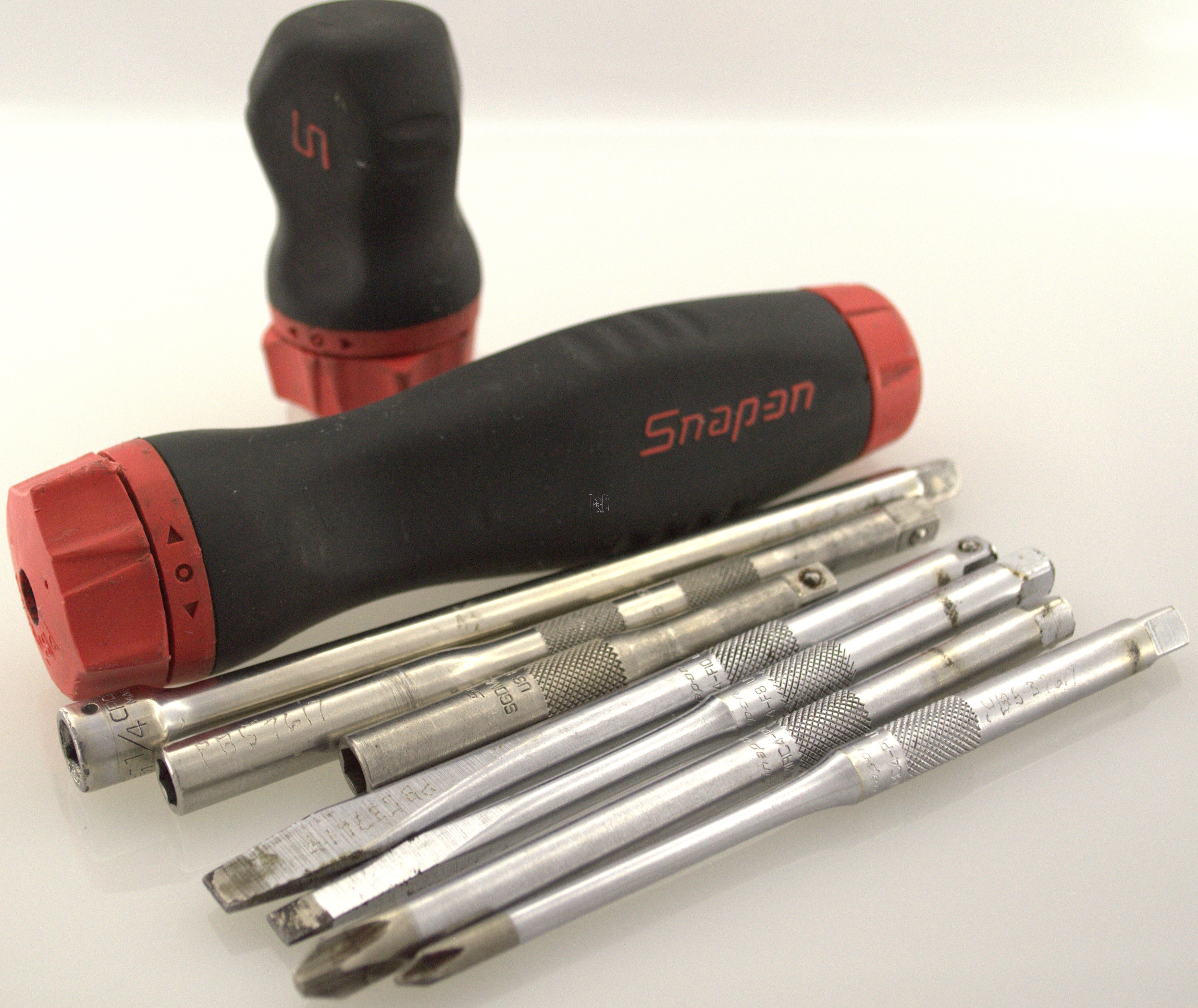 "Snap-On Tools Ratcheting Screwdriver Set Soft RED 1/4"" SGDMRC4"